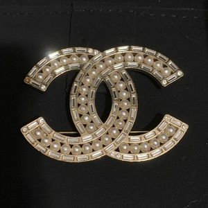 Gold Chanel Brooch with Crystals & Pearls